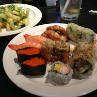Photo taken at SanTo's Modern American Buffet & Sushi by Jill Erin C. on 5/30/2013