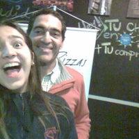 10/5/2013 tarihinde Javiera P.ziyaretçi tarafından Tutto Pizzas'de çekilen fotoğraf