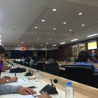 Photo taken at ห้องประชุม 401 ศาลาว่าการจังหวัดสมุทรสาคร by Meda on 11/6/2015