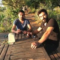 Photo taken at Çınar Tepe Kahvaltı Bahçesi by Kader M. on 8/26/2017