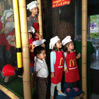 Photo taken at McDonald's by Emilio C. on 7/6/2013