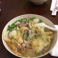 Photo taken at Teo Chow Noodle Shack by Chan S. on 3/8/2013