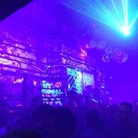 Photo prise au Club NYX par antisuperhero le4/30/2013