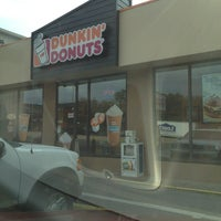 Photo taken at Dunkin Donuts by Manuel B. on 9/2/2013