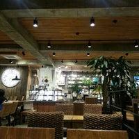 Photo taken at Caffé bene by Donghui J. on 10/21/2013