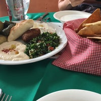 Foto tomada en Baalbek Lebanese (Arabian) Food por José Alberto O. el 6/26/2016