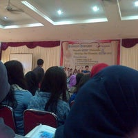 Photo taken at Hotel Horizon Bengkulu by Rizky P. on 11/5/2013