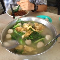 Photo taken at Restoran Hoong Wan by Bernard H. on 1/3/2014