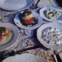 Photo prise au Marmarina Saraylı Restaurant Ottoman Cuisine par Tülay Ö. le8/31/2017