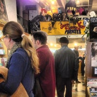Foto scattata a Drama Book Shop da Anthony L. il 3/24/2013