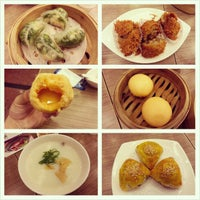 Photo taken at Crystal Jade Kitchen (翡翠小厨) by Norman L. on 4/22/2013