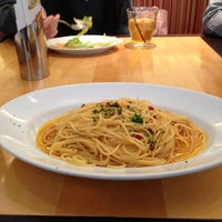 Photo taken at パパミラノ 丸の内東京海上日動ビル店 by Koji K. on 3/9/2013