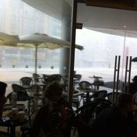 10/17/2013 tarihinde UğuR G.ziyaretçi tarafından Starbucks'de çekilen fotoğraf