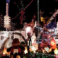 Photo taken at Oakdale Christmas House by Phil S. on 12/24/2014