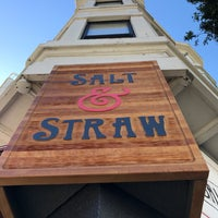 Photo taken at Salt & Straw by Nikhil B. on 6/10/2017