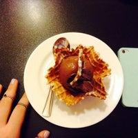 Photo taken at Yum Yum Donuts by Sveta D. on 7/29/2014