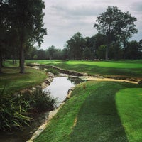 Photo taken at Country Club of Darien by Mark D. on 9/29/2015