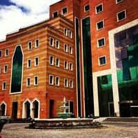 Photo taken at Yeditepe University by Üniversiteliler T. on 10/9/2013