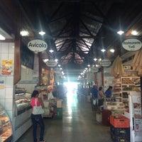 Photo taken at Mercado Municipal de Atibaia by Jose Luiz G. on 2/27/2014