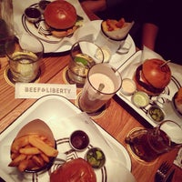 Photo taken at Beef & Liberty by Stella C. on 1/20/2014