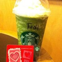 Photo taken at Starbucks by 🅰♏💹💎 on 1/13/2013