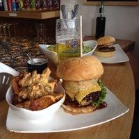 Das Foto wurde bei Burger House von Zlatko T. am 4/28/2014 aufgenommen