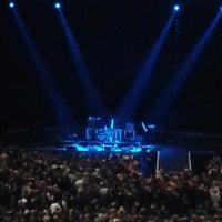 Das Foto wurde bei TUI Arena von Astrid K. am 11/23/2013 aufgenommen