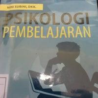 Photo taken at Perpustakaan by Lingga Mawarni R. on 11/19/2013