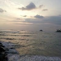 Photo taken at Midigama Beach by Damith Prasanga S. on 11/17/2013