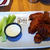 Das Foto wurde bei Twin Peaks Restaurant von Kaumi D. am 4/15/2013 aufgenommen