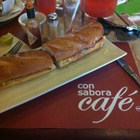 Photo taken at Con Sabor a Café by Emilio M. on 1/4/2013