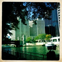 Photo prise au Chicago Architecture Foundation River Cruise par Margot B. le10/8/2012
