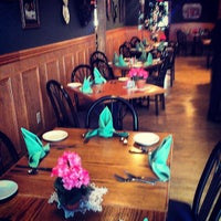 Photo taken at Benner Street Restaurant & Bar by Discover Lehigh Valley on 5/23/2013