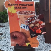 Photo taken at Dunkin' Donuts by Debbie Q. on 10/18/2013