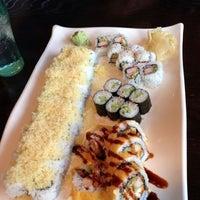 Foto tomada en Sushi Ken por Anthony M. el 4/4/2013