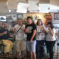 Photo taken at Cafetería Villegas I by Pakitamari G. on 10/11/2013