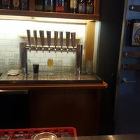 5/20/2017 tarihinde JB F.ziyaretçi tarafından Right Proper Brewing Company'de çekilen fotoğraf