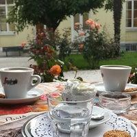 6/6/2014 tarihinde Ezcan İ.ziyaretçi tarafından Café Français'de çekilen fotoğraf