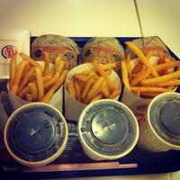 Photo taken at Burger King 漢堡王 by Ching C. on 7/16/2013