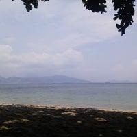 Photo taken at Beach View, Camayan Beach Resort by Leean N. on 5/6/2015
