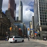 Photo prise au Downtown Toronto par Marcela C. le10/20/2017