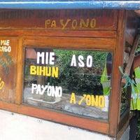 Photo taken at Baso Pa Yono by ratih gimbyl g. on 3/13/2014