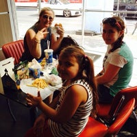 Photo taken at Burger King by Semiha Uğurlu G. on 8/8/2014