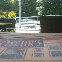 Das Foto wurde bei OSCAR'S von Jose Juan V. am 6/16/2013 aufgenommen