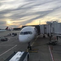 Photo taken at Gate A6 by Cherie P. on 11/22/2017
