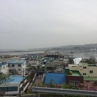 Photo taken at 구룡포 근대문화거리 by Jin hwi J. on 4/23/2016