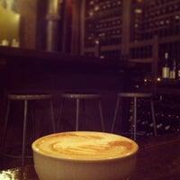 4/23/2013에 Samia S.님이 Oro Bakery and Bar에서 찍은 사진