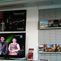 Photo taken at Siam Nissan Kamphaeng Phet by Evy Nada on 2/11/2013