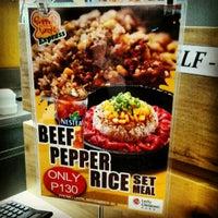 Foto tomada en Pepper Lunch Express por Joni C. el 11/20/2012