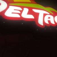 Photo taken at Del Taco by Voltaire V. on 12/1/2016